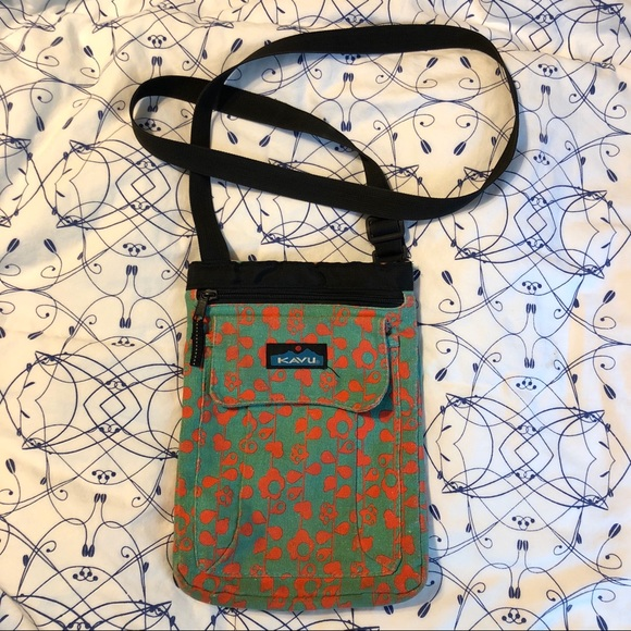 33c57cf44f8 Kavu Bags | Womens Keepalong Floral Print Shoulder Bag | Poshmark